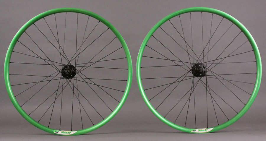VELOCITY P35 ANTIFREEZE GREEN 29ER XT 6 BOLT DISC HUB WHEELSET